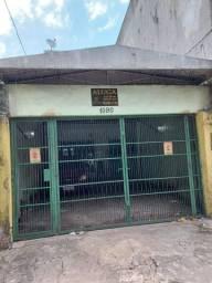 Casa p/ Empresas e Comércio na Pedro Miranda em Frente ao Preço Baixo