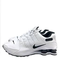 Nike primeira linha