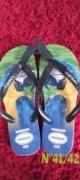 Sandálias a pronta entrega