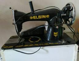 Máquina costura Elgin conservada