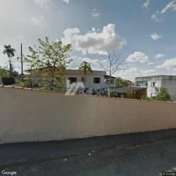 Casa à venda com 3 dormitórios em Centro, Três corações cod:480f97aa9b5