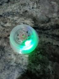 Botão musical upa upa colorido e som. 20 reais.