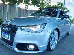 Audi A1 1.4 TFSI com apenas 52.000 km, LEGALIZADO suspensão de Rosca e Lâmpada