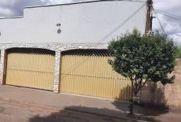 Título do anúncio: Casa Residencial e Comercial, Setor São José - Goiânia - GO