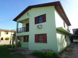 Casa para alugar com 2 dormitórios em , cod:I-032192