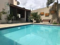 Sobrado com 4 quartos à venda, 300 m² por R$ 749.000 - Santa Rosa - Cuiabá/MT