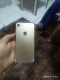 Vendo iPhone 7 32gb ,sem marcas de uso , saúde da bateria 100%