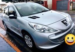 Peugeot 207 XR 1.4 8v 2012 único dono