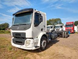 Volvo VM 270 6X2 2014 Caminhão Truck No Chassi Com 11 Metros de Comprimento