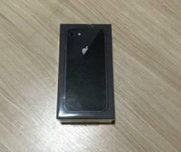 iPhone 8 64g Cinza Espacial