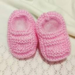 Sapatinho de Bebê de Tricô Rosa - 0 a 3 meses