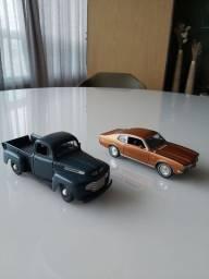 Carros Colecionáveis fora da caixa