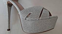Sapato Evidência - cinza