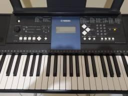 Teclado Yamaha mais de 100 efeitos seminovo