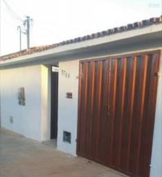 Alugo casa no Jardim Guanabara