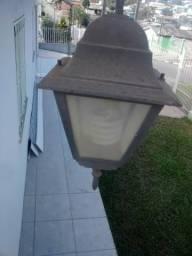 Luminária colonial