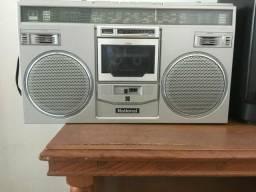 Vende se Radio