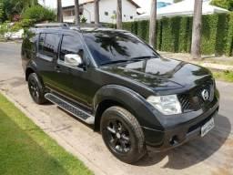 Nissan Pathfinder - 2008