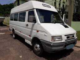 Iveco Max Van 1 D4012 Rodado Duplo - Microonibus 2004 - 2004