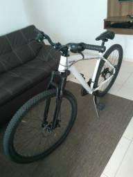 Bicicleta aro 29, quadro 19