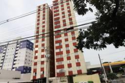 Apartamento com 02 quartos no Portão