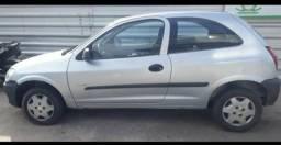 Celta 2010/2011 com ar - 2011