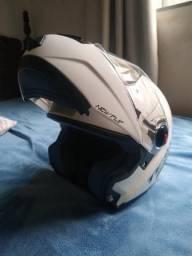 Vendo capacete New Flip texx (Robocop)