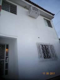 Casa Pitanguinha duplex (sobrado): more nos 2 andares