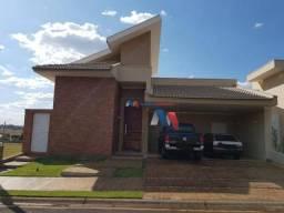 Casa com 3 dormitórios à venda, 235 m² por R$ 790.000,00 - Condomínio Terra vista - Mirass