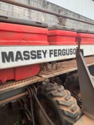 Plantadeira de 12 Linhas Massey Ferguson 2008