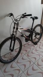 Bicicleta  caloi Aro 26 toda em aluminio!