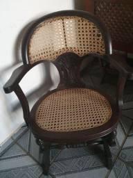Cadeira de embalo antiga