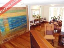 Casa de 5 quartos para venda ou locação, 470m2