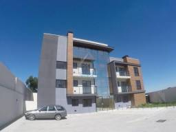 Apartamento, Capão Raso, dois quartos, aquecimento a gás, garagem, garden.