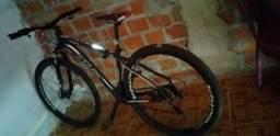 Bicicleta aro 29 tamanho 17 em ótima condições