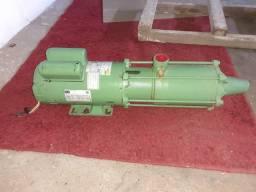 Bomba hidráulica multiestágio