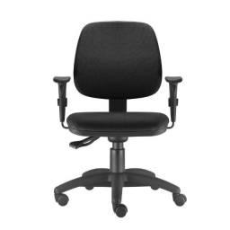Cadeira de Escritório Giratória C/ Braços Reguláveis