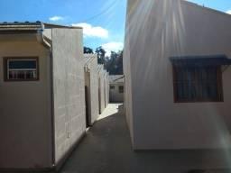 Aluga-se casa de alvenaria direto com proprietário com 2 quartos vaga para carro