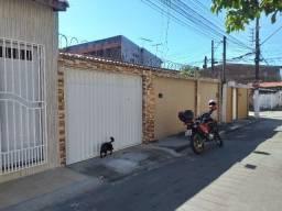Vendo casa de 3 quartos no Cj Nova Assunção