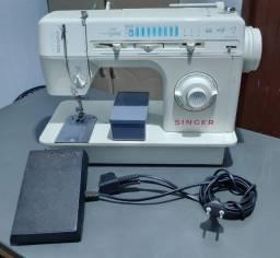 Maquina de Costura Singer - Facilitaplus - Seminovo