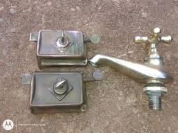 Fechaduras Antiga Sobrepor com chave