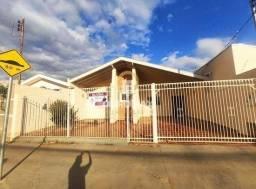 Casa com 3 dormitórios à venda, 250 m² por R$ 450.000 - Vila Soares - Ourinhos/SP.