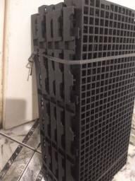 PALETES PALLETES ESTRADO plástico 25x50