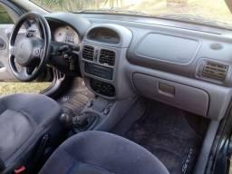 Título do anúncio: Carro Renault Clio sedã