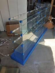**balcão de vidro med 1,90 comp 0,96 alt 0,20 larg vidro 0,35 a base usado ( entrego )