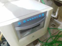 Máquina de lavar louça Eletrolux digital