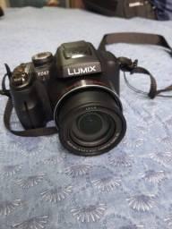 Câmera Panasonic Lumix FZ47