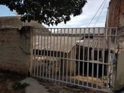 Alugue Sem Fiador - Casa com Edícula - Zona Norte - 03 Dormitórios