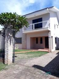 Sobrado com 4 dormitórios à venda, 200 m² por R$ 1.050.000,00 - Região do Lago 2 - Cascave