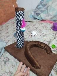 Arranhador/brinquedo pra gato